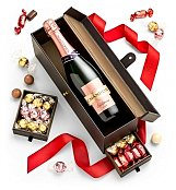 Moet et Chandon Champagne and Treats
